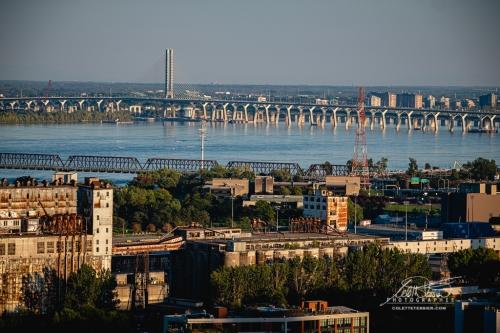 Pont Victoria et Samuel de Champlain