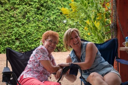 Prendre le temps de se parler (ma tante et ma soeur Louise)